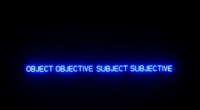 Joseph Kosuth – Colour In Contextual Play / Neon in Contextual Play