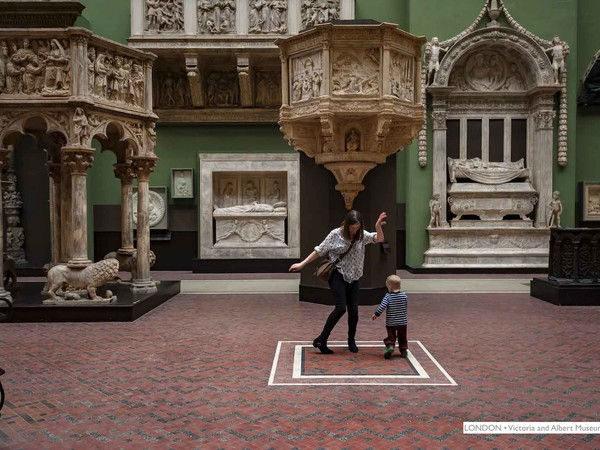 Effetto Museo. Intrusioni istantanee nei luoghi dell'arte