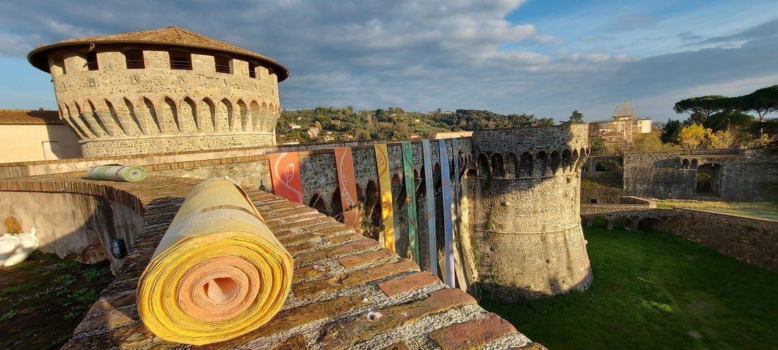 La Fortezza della Pace: gli arcobaleni di Dale alla Fortezza di Sarzana