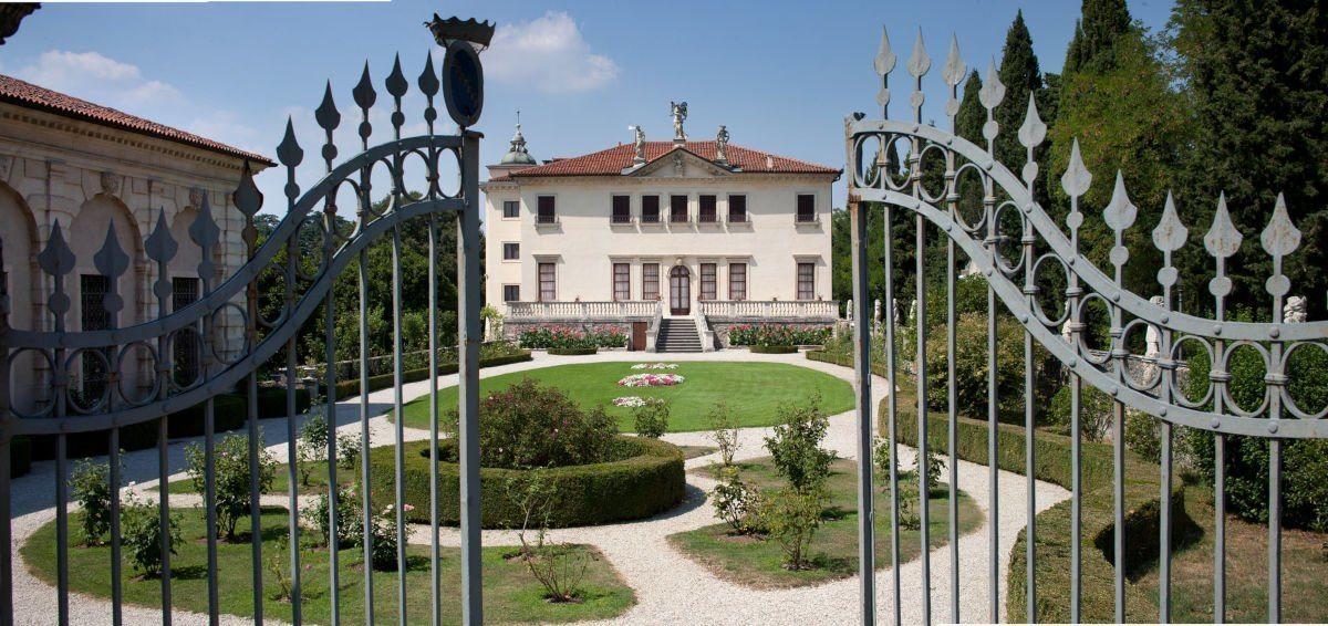 Sotto lo Stesso Cielo: Musica, Calici e Stelle in Villa Valmarana ai Nani