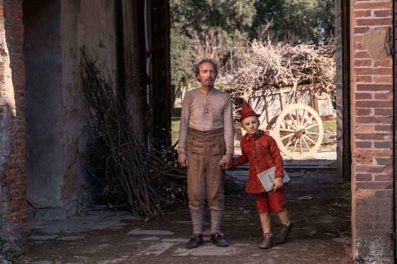 Pinocchio nei costumi di Massimo Cantini Parrini dal film di Matteo Garrone