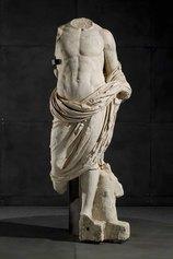 Statua in marmo locale di Vezza d'Oglio (alta Valle Camonica)
