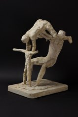 Arturo Martini, La famiglia degli acrobati, 1936-37, gesso originale, cm 38x21x34