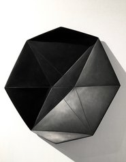 Fold Star Black, 50cm diam, 2017, Marmo nero del Belgio
