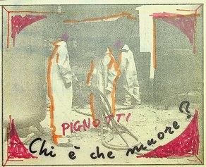 Chi è che muore?, 1981, dalla serie quadretti 1981, 14x17,5cm, intervento poetico su fotografia di quotidiano.