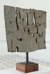 Pietro Consagra, Colloquio con il vento, 1962, scultura in acciaio inox, 48 x 41 cm. Courtesy Museo d'Arte Contemporanea di Villa Croce Ph. Davide Pambianchi