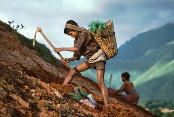 Steve McCurry - Nepal, 1983 ©Steve McCurry