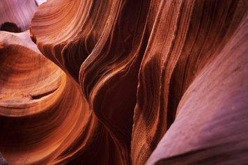 Rossella Pezzino de Geronimo, Colore Calore Movimento, stampa giclée su carta Baritata 340 gsm, montata sotto plexiglass®, 150x100 cm. esemplare unico,2020