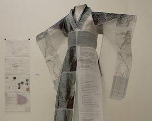 Simoncini.Tangi ( part.). Abito vegetale# Kimono, 2016 - stampa fotografica su carta da lucido - cm 200 x 150 x 70