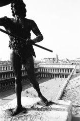Roberto Gabetti: Venezia. Piazza San Marco dalla Torre dell'orologio, 1950